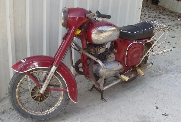 JAWA - 559 v TURECKU (1111)