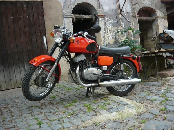 ČZ - 250/471 (1974)