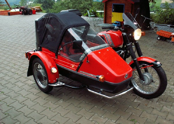 jawa + velorex 700 - 632 (1989)