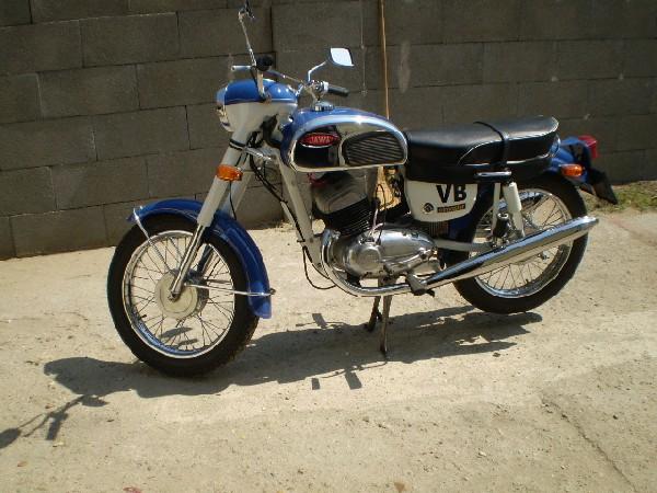 JAWA 350 - 362 CALIFORNIAN (1971)