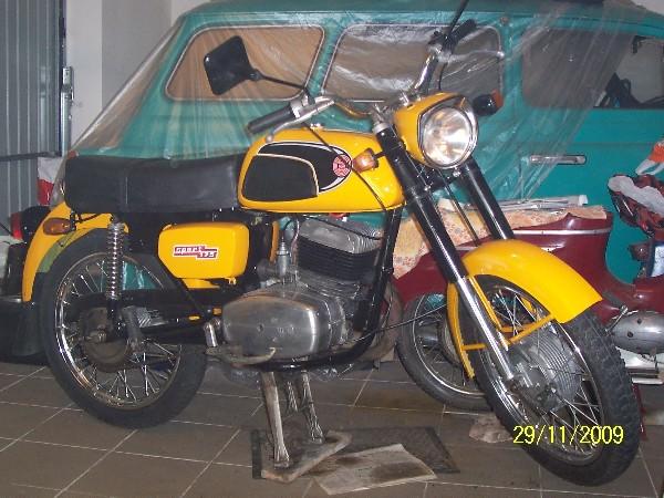 ČZ - 477 (1970)